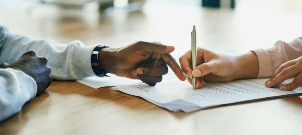 Assinar carteira de trabalho no contrato intermitente