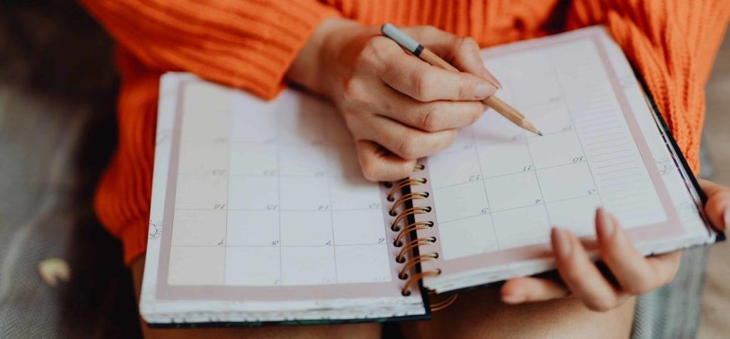 Contrato intermitente permite trabalhar em feriados